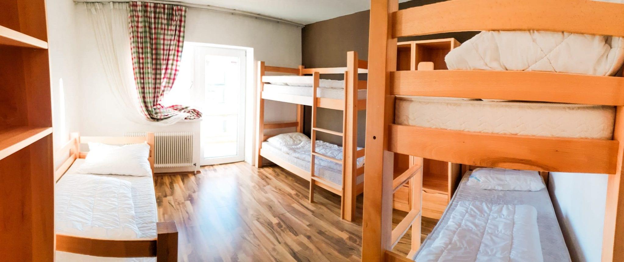 Jugendhotel Edelweiss Jugendherberge 5 Bett Zimmer